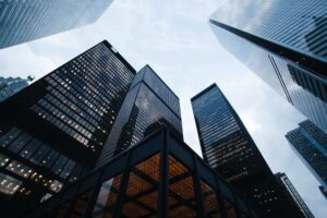 Lawyerpress: Alier Abogados analiza el nuevo horizonte empresarial y medidas en materia concursal y laboral