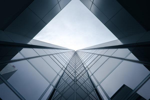 Cómo afrontar el nuevo horizonte empresarial post COVID-19: Medidas en materia concursal y laboral