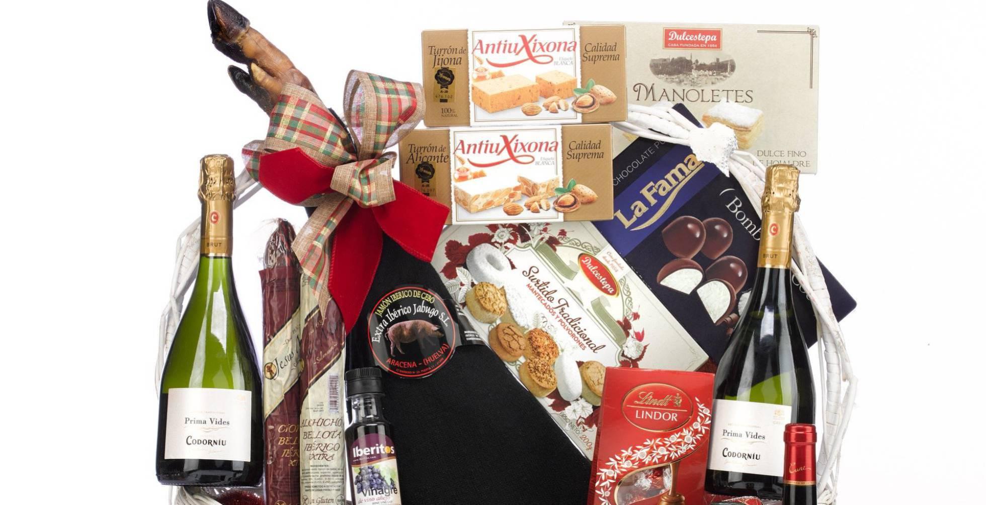 ¿Son deducibles los regalos de empresa? El ejemplo de la cesta de Navidad