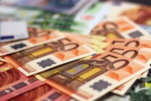 Lucha contra el fraude fiscal y limitación de pagos en metálico