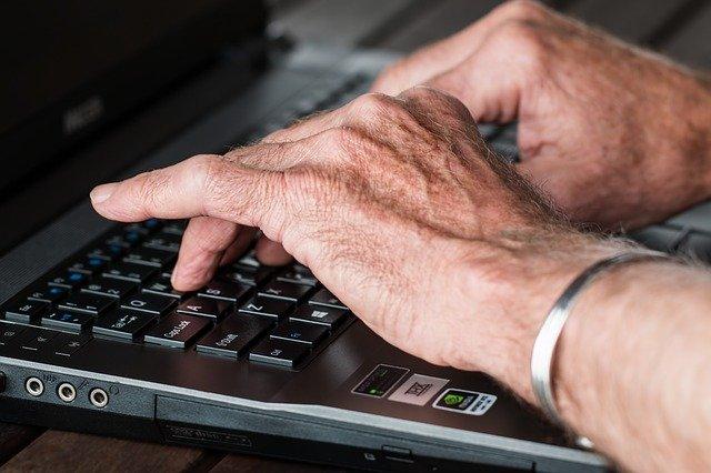 Prisión para un empresario que accedió al correo electrónico particular de un trabajador