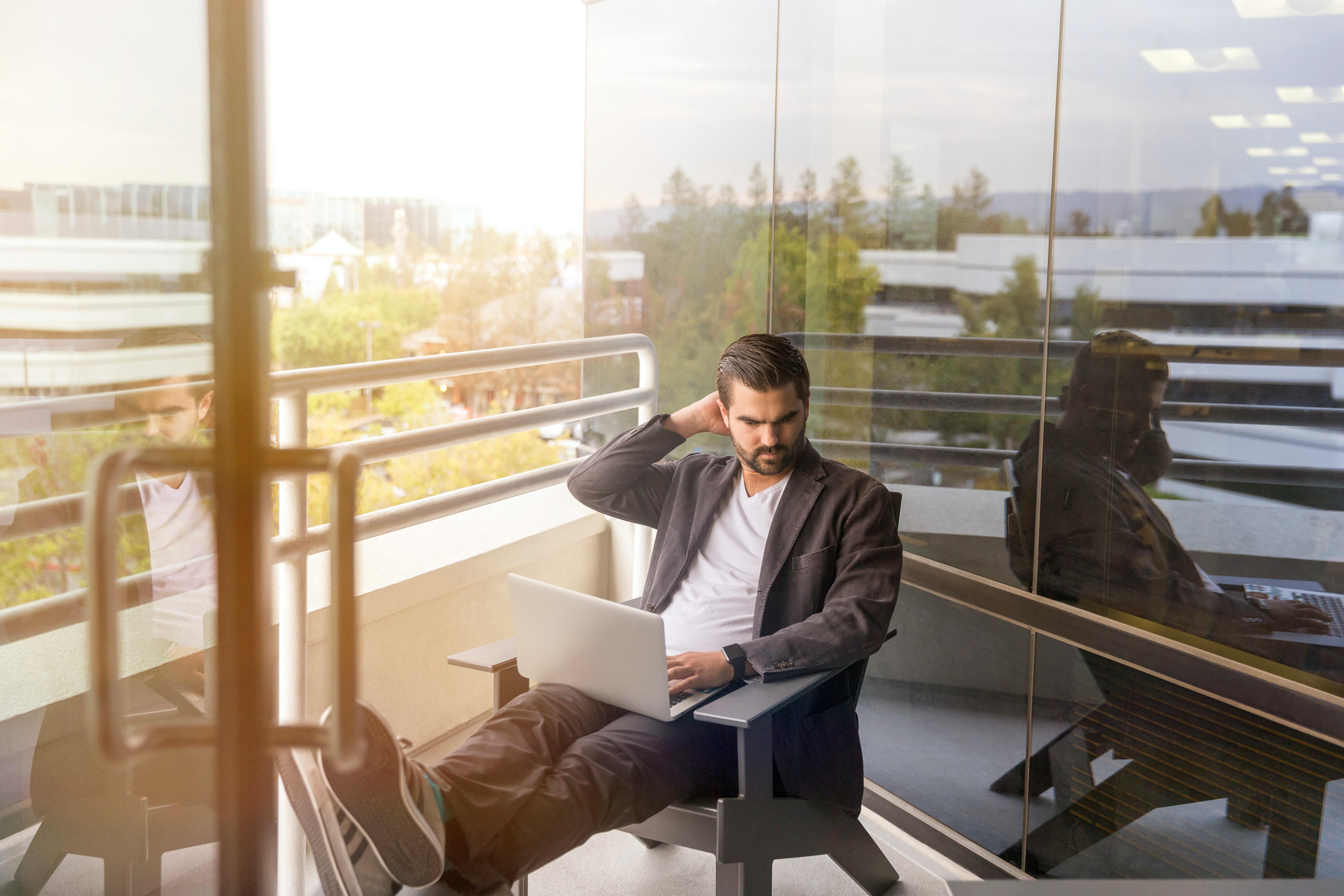Teletrabajo: No lo llames trabajar desde casa, trabajamos desde cualquier lugar